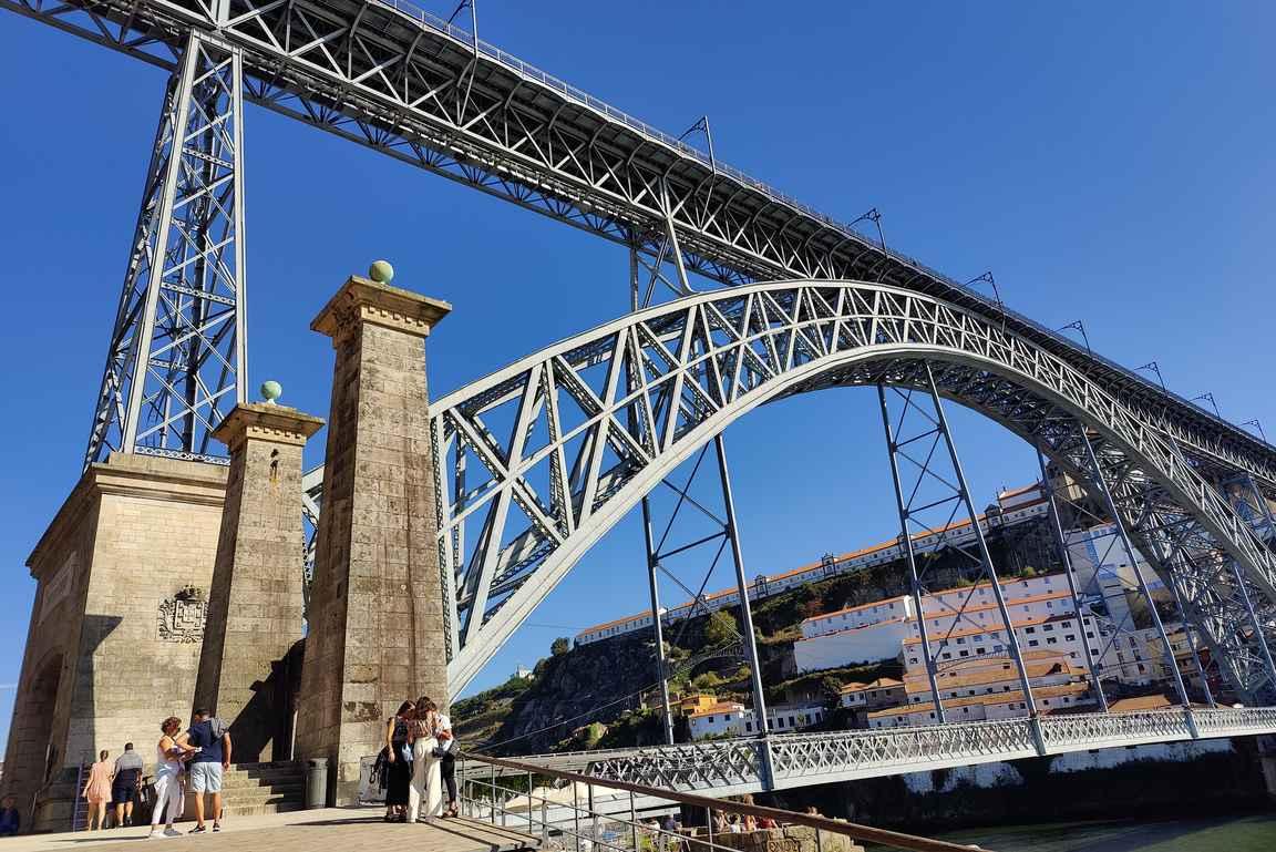 Ponte de Dom Luís I - Gustave Eiffelin suunnittelema silta on Porton tunnusmerkki.